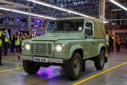 Land Rover a produs ultimul Defender!