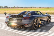 Koenigsegg a decorat cu aur şi diamante super-car-ul Agera RS!