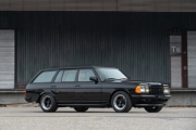 Mercedes-Benz W123 500 TE AMG: Break-ul visurilor tale!