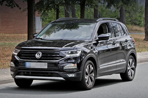 Cel mai compact crossover din gama Volkswagen, noul T-Cross a fost surprins necamuflat
