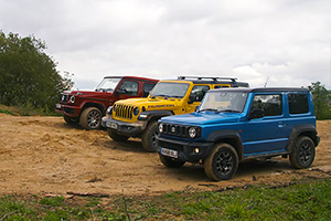 (VIDEO) Care e mai dur în offroad? Suzuki Jimny vs Mercedes-AMG G 63 vs Jeep Wrangler