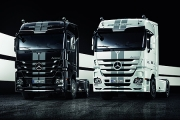 Luxul in lumea camioanelor: Mercedes-Benz Actros in editiile Black Liner si White Liner