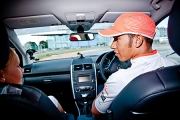 Lewis Hamilton a dat startul competitie Summer Driving Challenge