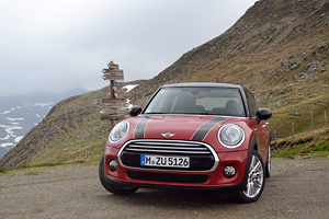 MINI 5-uşi Cooper D – The Italian Job!