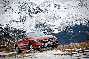 Noul Mercedes-Benz E-Class All-Terrain