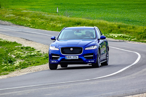 Jaguar F-PACE 25d Twin Turbo