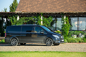 TEST DRIVE: Mercedes-Benz V-Class ExtraLong 250d 4MATIC - The Best or Nothing pentru 7 oameni simultan?