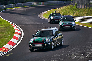 (VIDEO) TEST DRIVE: Cu MINI John Cooper Works pe Nurburgring!
