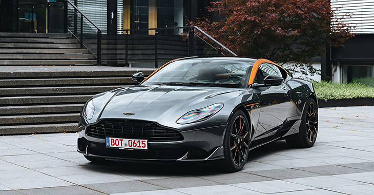 TEST DRIVE: Aston Martin DB11 by STARTECH
